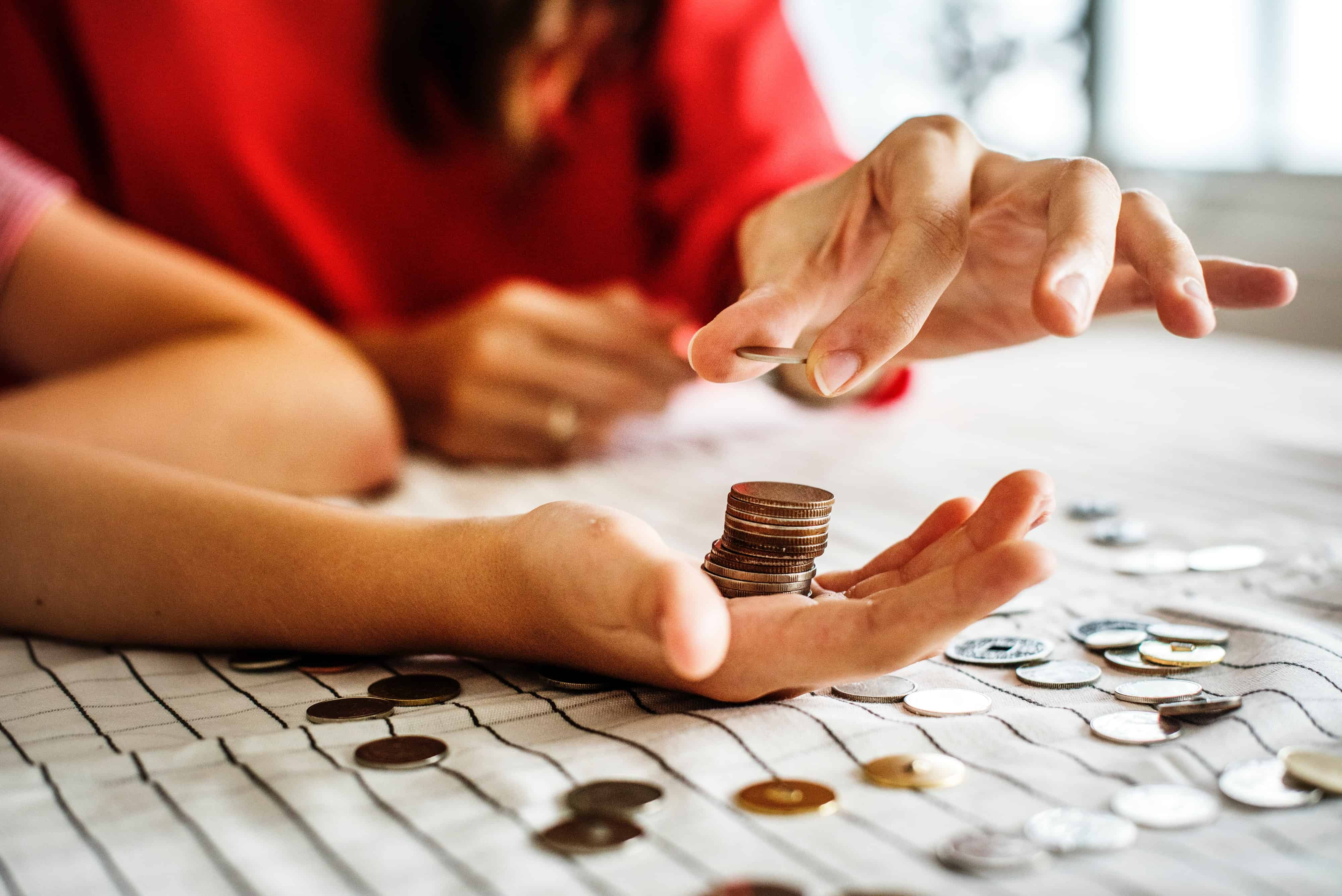 How to Budget When You Live Paycheck to Paycheck